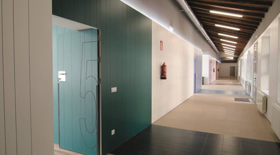 School renovation project in Valencia, Spain, using Formica® Laminates .jpg